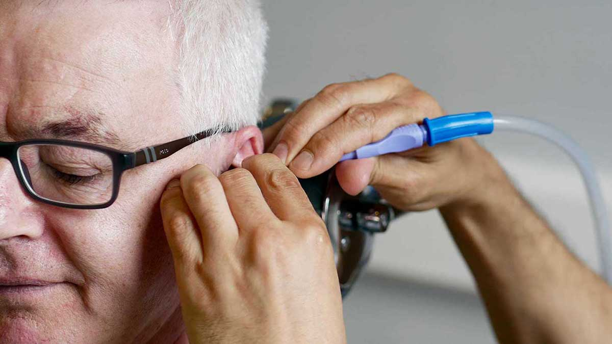Methods of cleaning out ear wax at the clinic