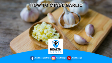 How-To-Mince-Garlic